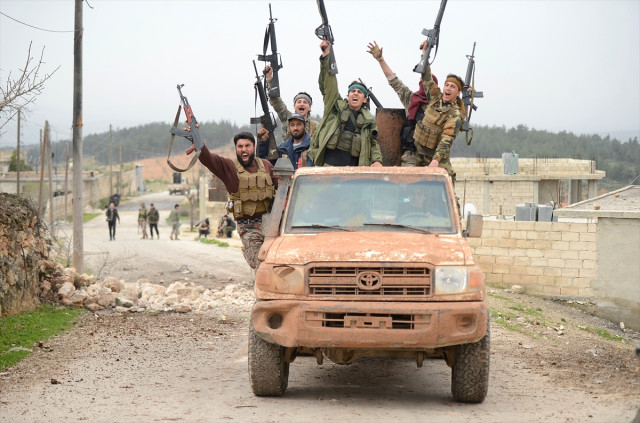 https://foto.haberler.com/haber/2018/03/09/zeytin-dali-harekati-nda-49-gun-tsk-ve-oso-10639526_2842_m.jpg
