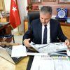 Başkan Çakır ve Emniyet Müdür Urhal'a Aa 2017 Yıllığı