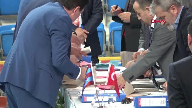 Trabzonspor'un Yeni Başkanı Ahmet Ağaoğlu Oldu