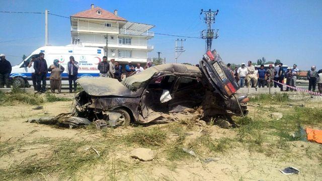 Konya'nın Akşehir İlçesine Bağlı Ortaköy Mahallesi Yakınlarında Meydana Gelen Trafik Kazasında İlk...