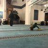 Mevlide Arabası ile Gelen Çocuk Cami Dolana Kadar Oyun Oynadı