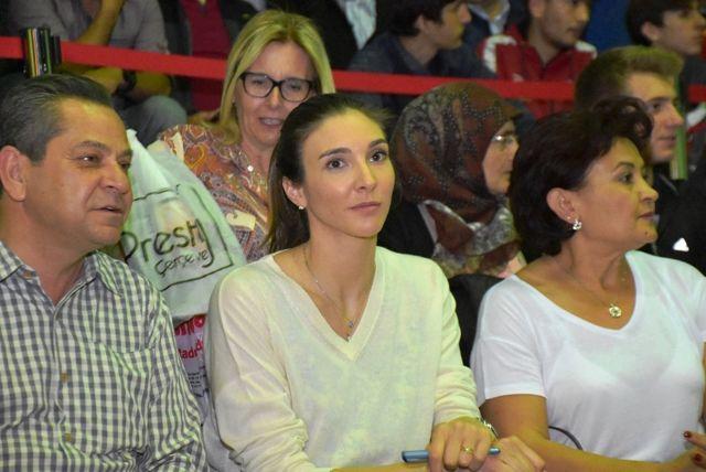 Milli Voleybolcu Naz Aydemir Akyol Adına Turnuva Düzenlendi