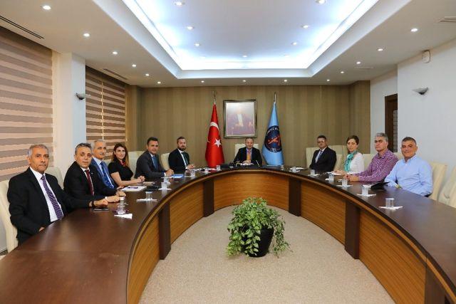 Aü'de Değerlendirme Toplantısı