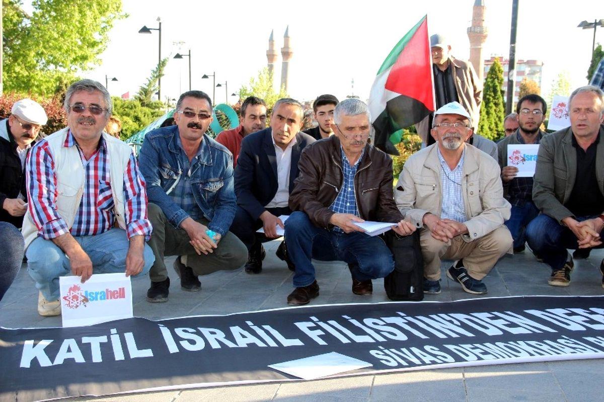 Sivas'ta Filistin İçin Oturma Eylemi