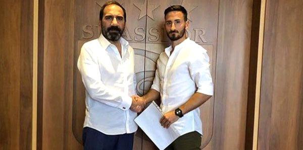 Sivasspor, Altınordu'dan Erdoğan Yeşilyurt'u Transfer Etti