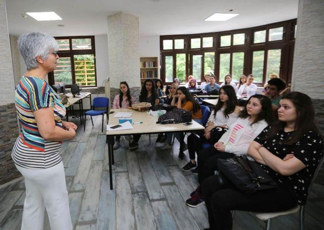 Yenimahalle Eğitim Merkezinde Dört Dörtlük Eğitim