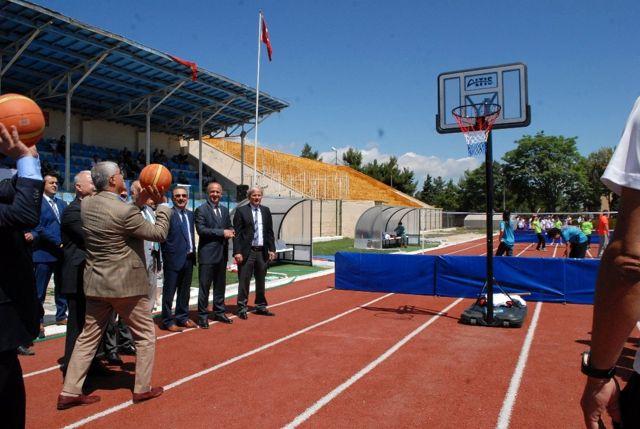 Burdur'da Yaz Spor Okulları Start Aldı