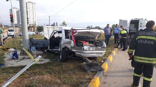 Emniyet Kemeri Takılı Olmayan Sürücü, Kazada, Araçtan Fırlayıp Öldü