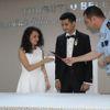 Polis Memuru ve Eşine Nikah Masasında