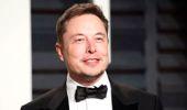 Tesla'nın CEO'su Elon Musk Şirketi Borsadan Çekmeyi Düşündüğünü Açıkladı