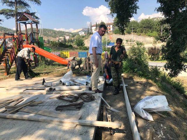 Şehit Ömer Halisdemir Parkına Mescit ve Tuvalet Yapılıyor