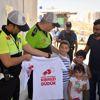 Mardin'de Çocuklar Hatalı Sürücüleri Kırmızı Düdükle Uyaracak
