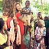 Oyuncu Gamze Özçelik, Afrikalı Çocuklar İçin Evini Sattı