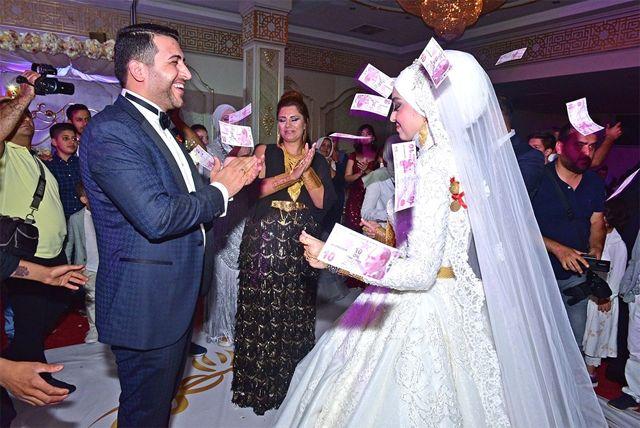 Belediye Başkanı Menderes Atilla'nın Yeğeni Dünya Evine Girdi