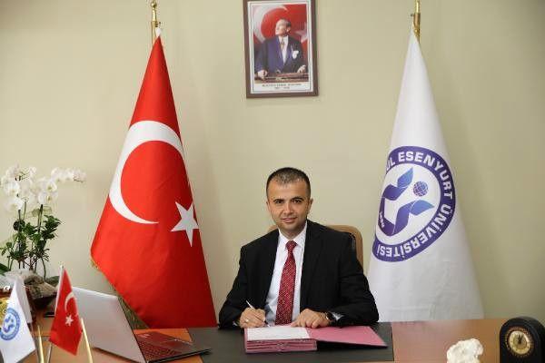 İstanbul Esenyurt Üniversitesi'nden Thk Genel Başkanlığı'na Taze Kan
