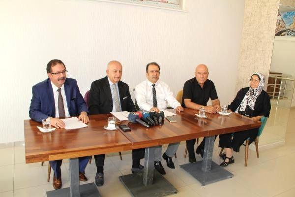 Elazığ'da, İyi Parti Kurucusu, Yik Üyesi ve 3 Yönetici Partilerinden İstifa Etti