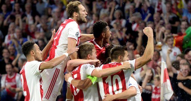 Ajax, Şampiyonlar Ligine Galibiyetle Döndü