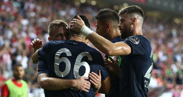 Antalyaspor Sahasında Sivasspor'u 2-1 Yendi