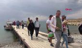 Van Gölü'nde, Antik Yoldan Çarpanak Adası'na Yürüdüler