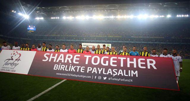 Fenerbahçe ve Beşiktaşlı Futbolcular, EURO 2024 Adaylığı İçin Birliktelik Mesajı Verdi