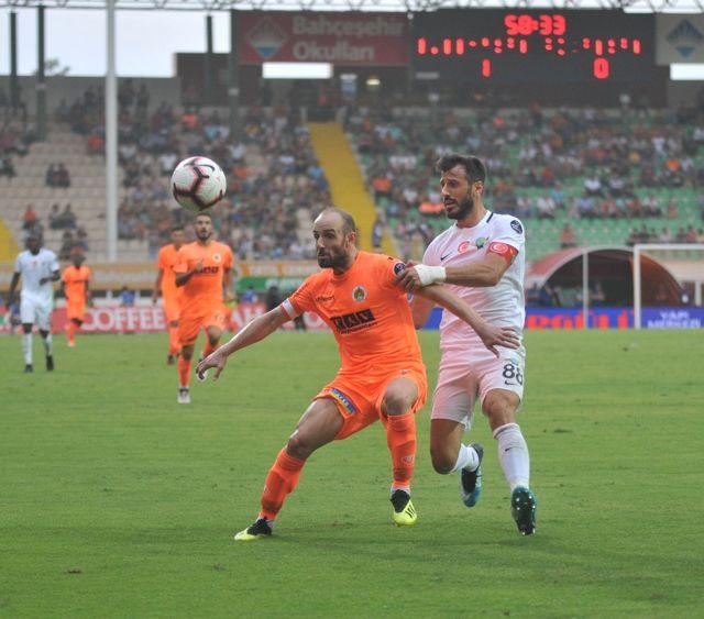Spor Toto Süper Lig: Aytemiz Alanyaspor: 2 - Akhisarspor: 1 (Maç Sonucu)