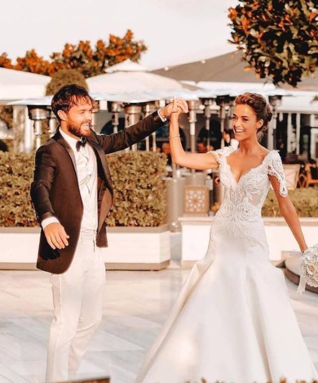Bensu Soral Ve Hakan Baş Dillere Destan Düğünle Dünya Evine Girdi