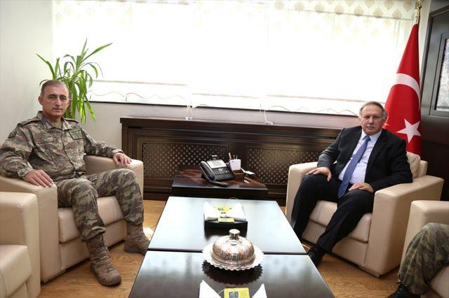 Tuğgeneral Kırış'tan, Artvin Valisi Doğanay'a Ziyaret