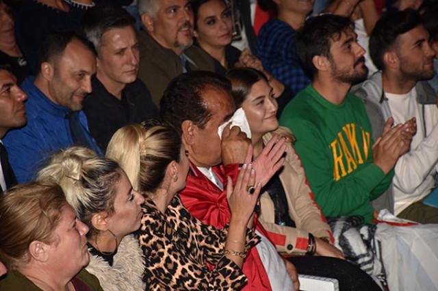 İbrahim Tatlıses Sibel Can konserinde ağladı