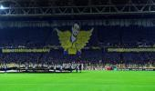 Fenerbahçe Tribünleri, Anderlecht Maçının İlk 5 Dakikasında Sessiz Kaldı