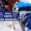 Avm'lerden Alarmı Etkisizleştiren Poşetle Hırsızlık İddiası