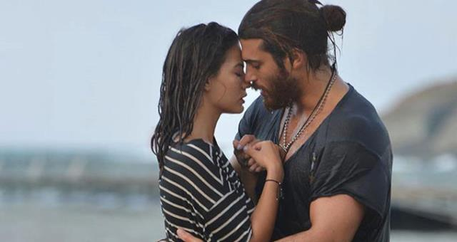 Demet Özdemir and Can Yaman were in the night – TECH2