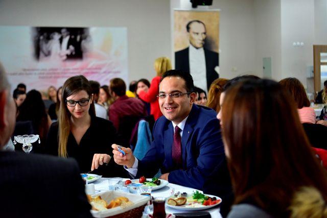 Bornova 24 Kasım Öğretmenler Günü Buluşması