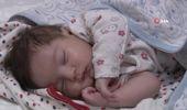 Belinde 7 Santimlik Fıtıkla Dünyaya Gelen Bebek 3 Saatlik Operasyonla Sağlığına Kavuştu