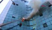 Şişli'de 17 Katlı İş Merkezinde Yangın