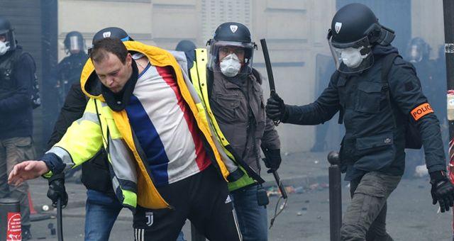 Fransa'daki Olaylarda Şu Ana Kadar En Az 135 Kişi Yaralandı