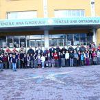 Erciş'te Öğrencilere Giysi Yardımı Yapıldı