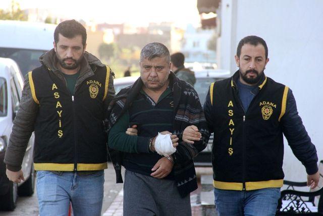 350 Lira İçin Biri Mezara Biri Cezaevine Girdi