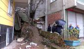Kağıthane'de Bir Binanın İstinat Duvarında Çökme