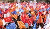 Türk Bayrağını Yaktığı Söylenen AK Partili Belediye Başkan Adayı, MHP'ye Sert Çıktı