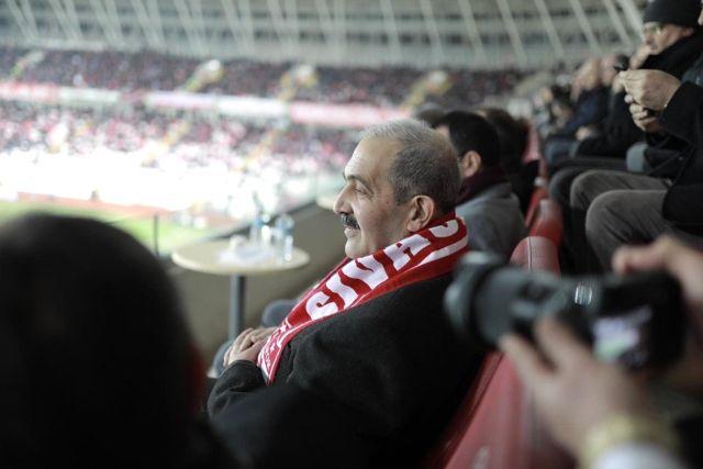 Taraftardan Yazıcıoğlu'na Vefa