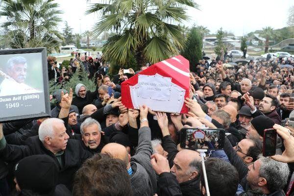 Ozan Arif'in Cenazesi Evine Getirilip, Helallik Alındı (2)