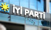 İYİ Parti'den İstifa Eden 874 Kişi AK Parti'ye Geçti