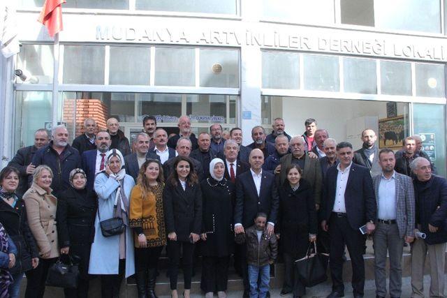 Vekil Gözgeç ve Ahmet Murat Ünal Lokma Dağıttı
