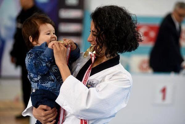 Tekvando Poomse Türkiye Şampiyonası Açılış Seremonisi Yapıldı (Fotoğraflar)