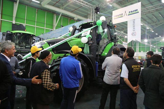 Fuarın En Büyük Traktörü 1 Milyon 780 Bin Liraya Satıldı