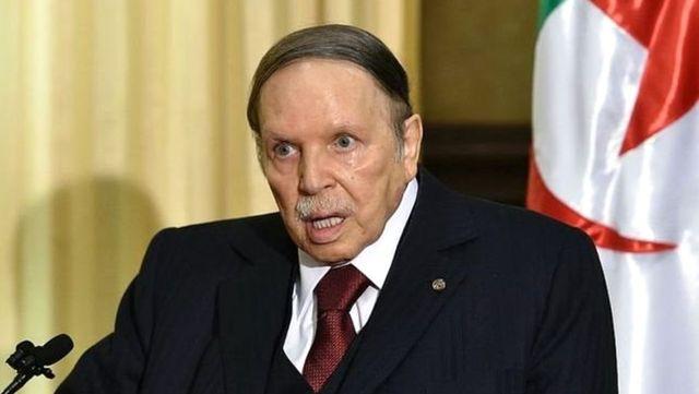 Cezayir'in 82 Yaşındaki Lideri Buteflika 'İstifa Etti'