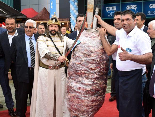 650 kilogramlik cag kebabini vincle