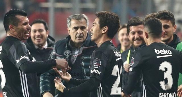 Beşiktaş'ta 4 İsim Sezon Sonu Gidiyor!