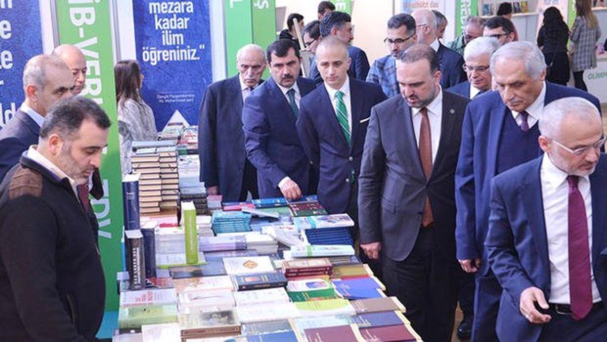 Almanya'da 'Kitap ve Kültür Fuarı' Açıldı