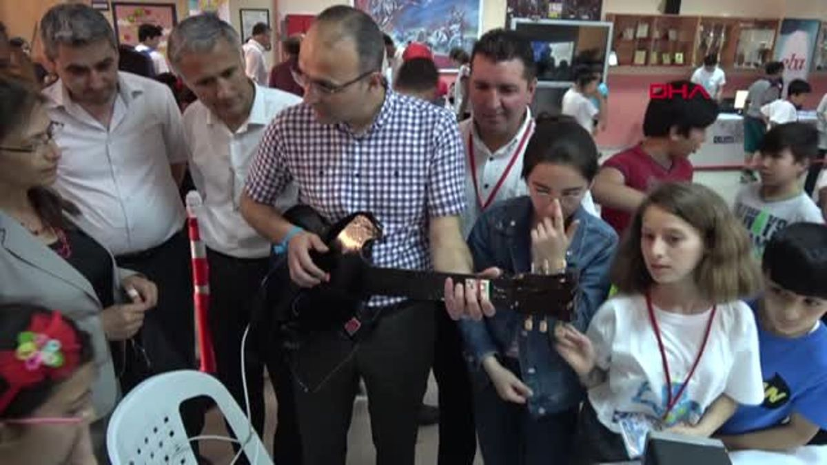 Mersin Erdemli'de Robotik Kodlama Şenliği